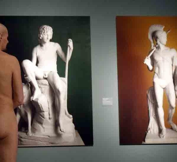 голая экспозиция в венском музее