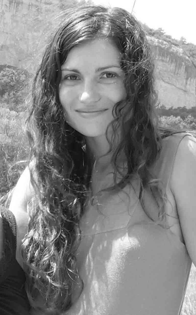 Александра Еськова, дизайнер, художница, член донецкой арт-группы «ОНИ»