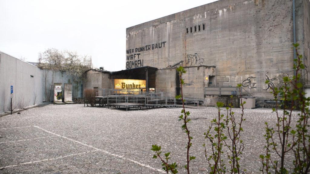 v-berline-vossozdali-bunker-gitlera-2